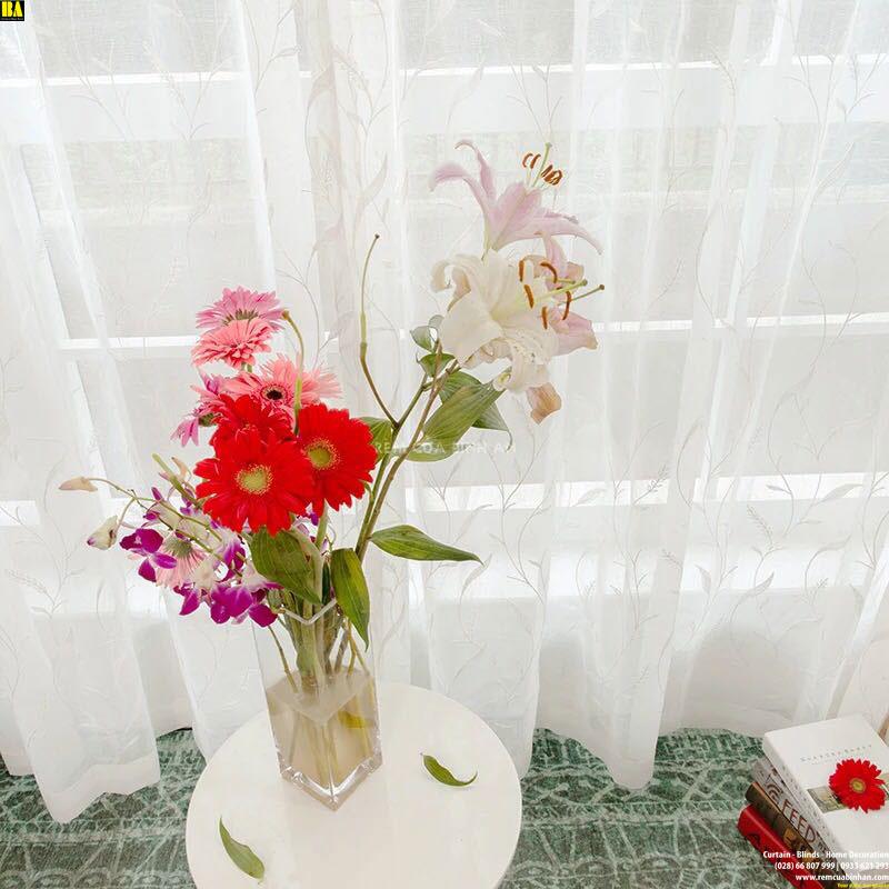 img/product/detail/rem-voan-theu-cao-cap-man-voan-hoa-tiet-la-rem-mong-lot-trang-tri-bahn-1349-content-g4l.jpg