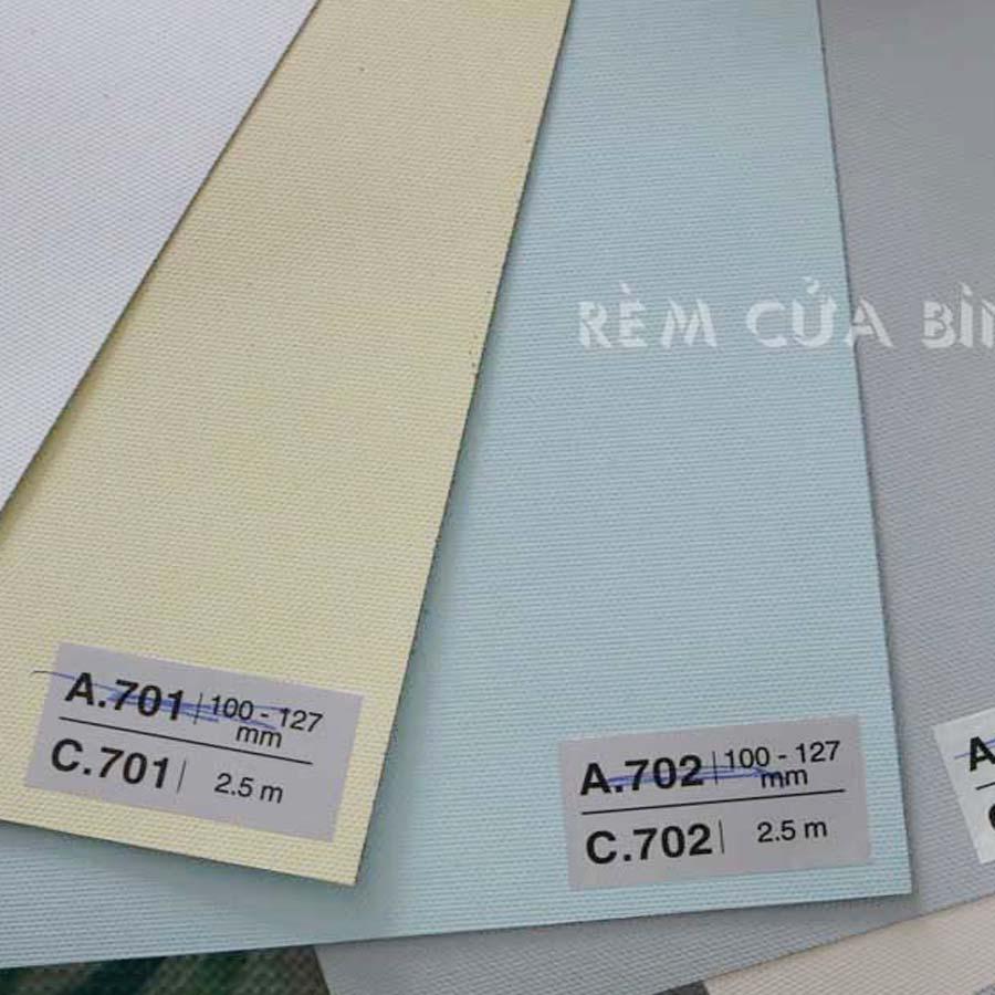 Rèm cuốn chống nắng Màn cuốn chống nắng trơn giá rẻ BUDGET Rèm văn phòng hcm Màu xanh ngọc nhạt C702