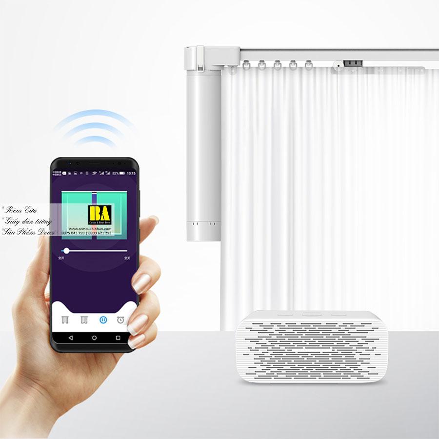 Rèm Vải Tự Động Vận Hành Siêu Êm Tích Hợp Wifi Điều Khiển Qua Smartphone